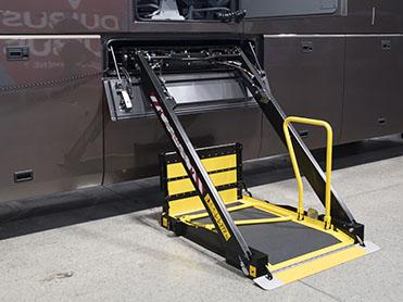 Masats: KS8 Lift for Coaches