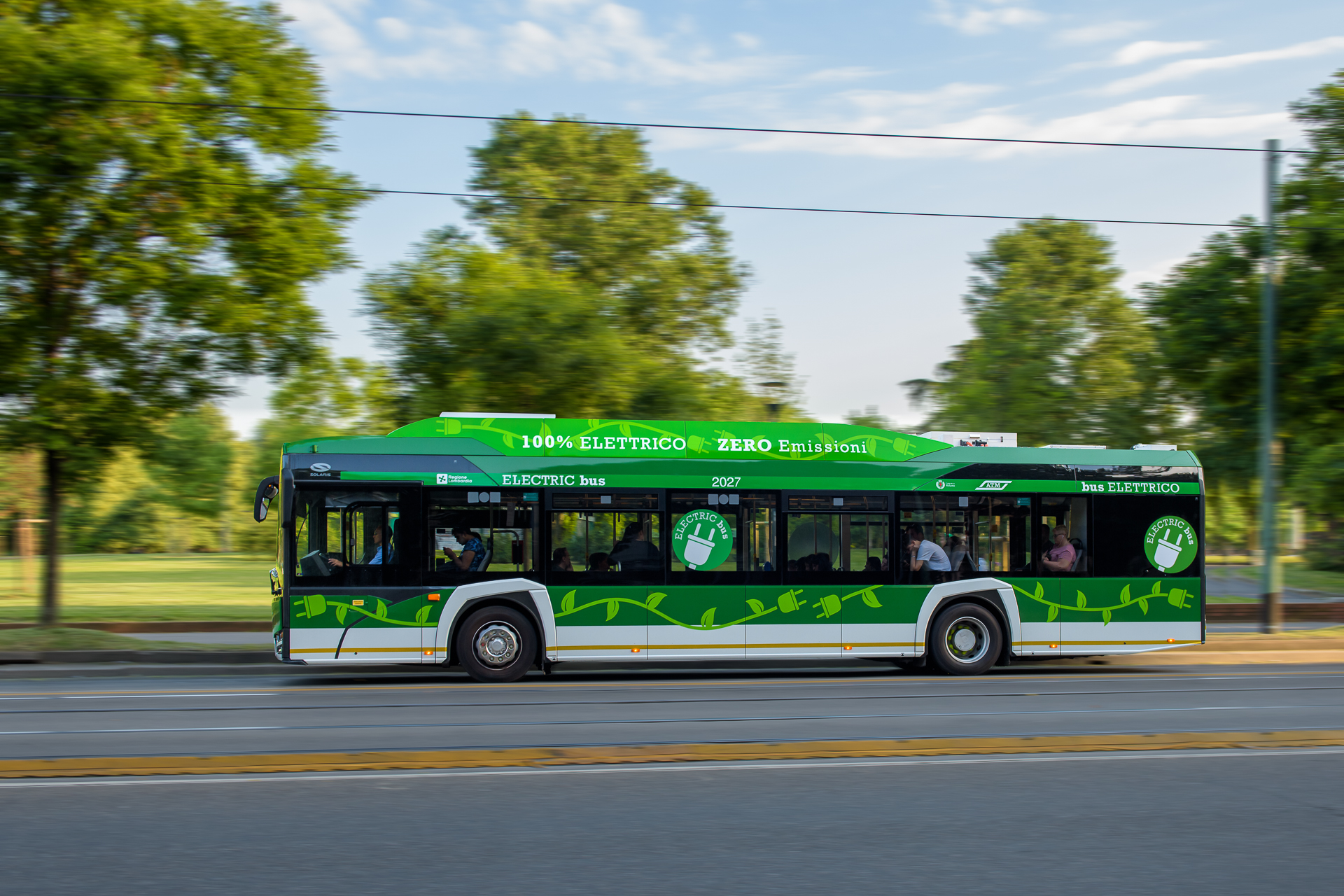 milan orders from solaris electric buses