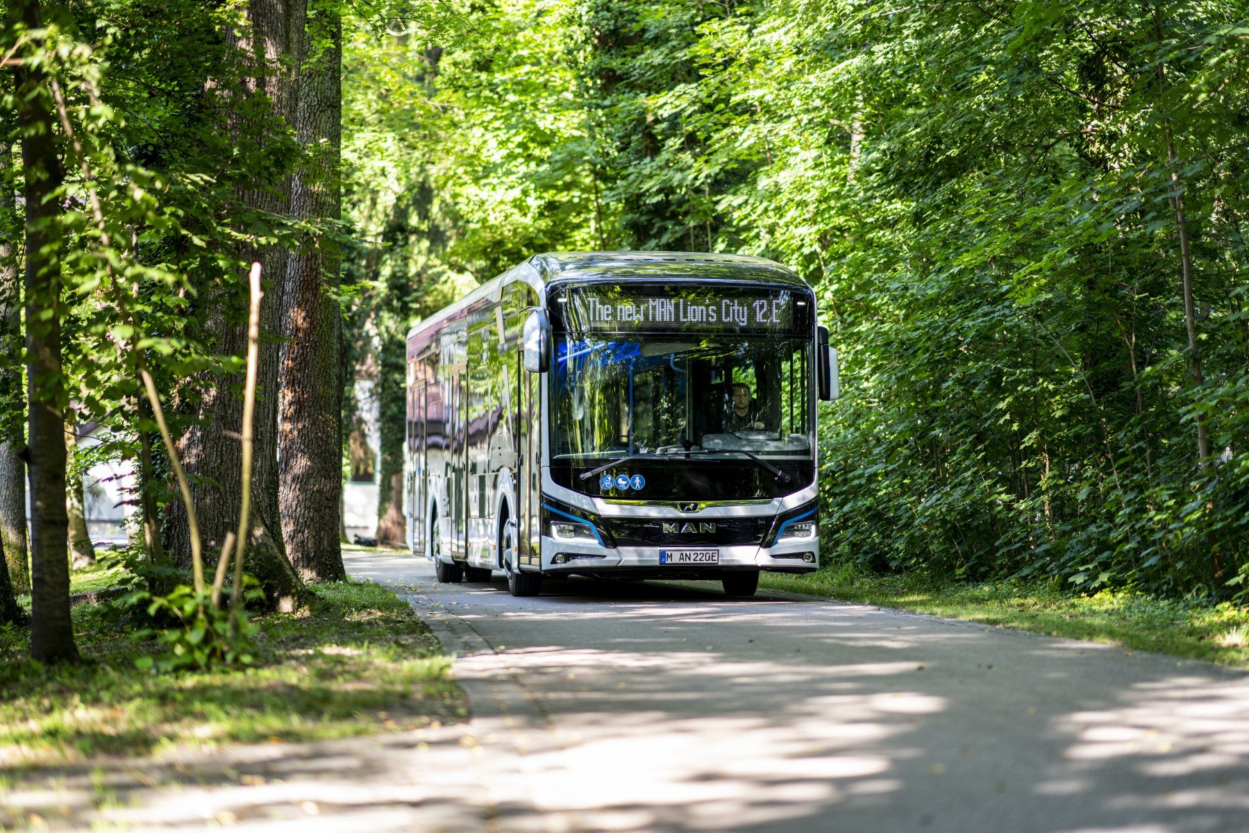 electric man buses malmö