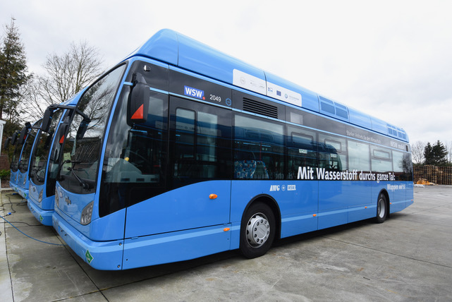 Van Hool bus powered by hydrogen fuel cells by Ballard Power Systems