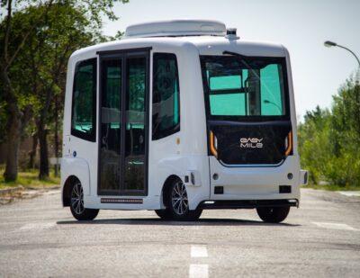 EasyMile and Sono Motors: Autonomous Solar-Powered Shuttle