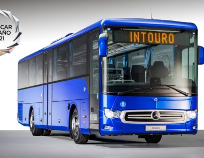 Mercedes-Benz Intouro Voted 2021 Touring Coach of the Year