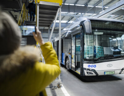 A Hydrogen Solaris Urbino Presented in Polish Towns and Cities