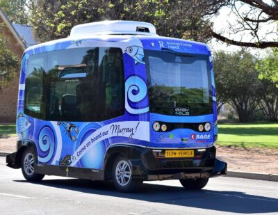 South Australia's Driverless Bus 'Murray' on a Brand New Track