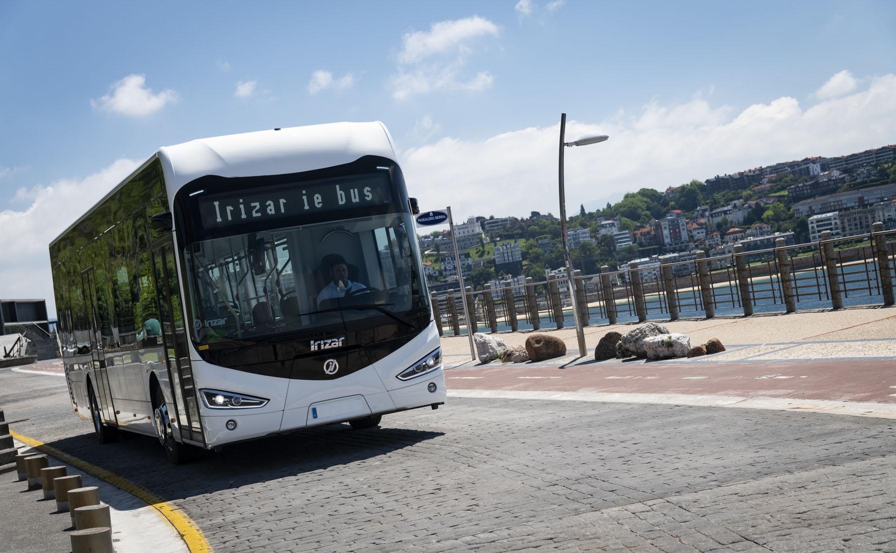 irizar electric buses hamburg