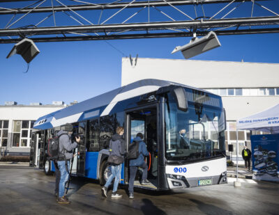 Five Days, Five Cities: Presentation of the Solaris 12 Hydrogen in Poland