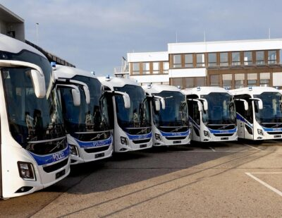 Volvo Delivers Eight Coaches to German Police