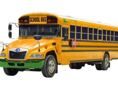 400 Electric-Powered Blue Bird School Buses for North America