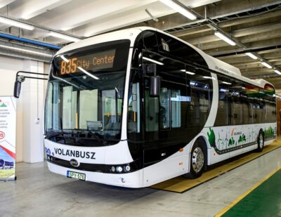 BYD eBus Delivery Unites Slovakia and Hungary