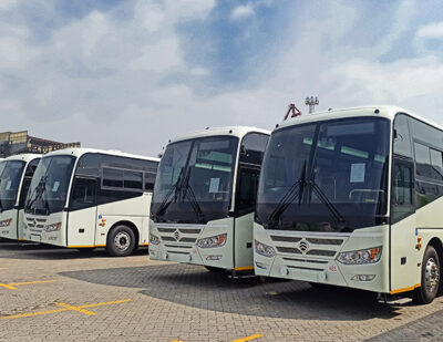 50 Golden Dragon Travel Buses Arrive in Zimbabwe for Operation