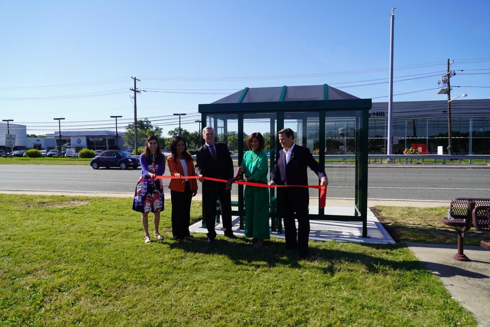 nj transit solar bus shelter