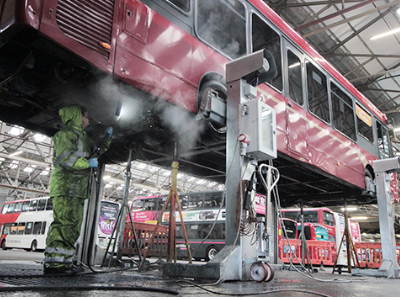 The Risks of Under-Chassis Washing with Regular Column Lifts