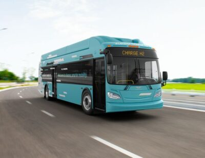 California's Get Bus Adds 5 More Fuel Cell Buses from New Flyer