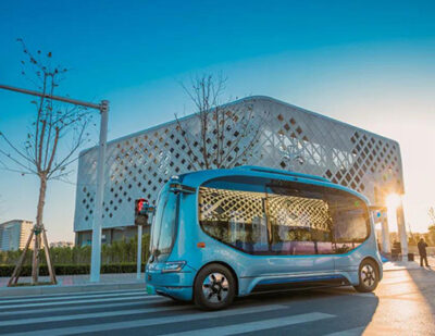 Yutong Intelligent Driving Bus Putting into Operation in Qingdao